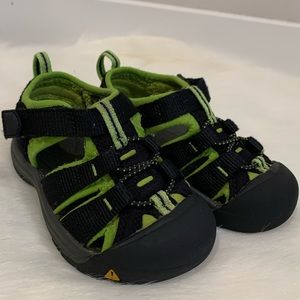 Keen Toddler Boy Shoes Size 9